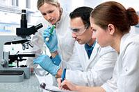 Микроскоп, пробирка, эксперты