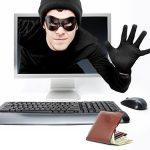 Компьютер, мужчина, кошелек с деньгами