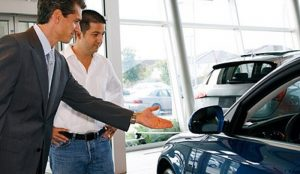 автосалон, покупатель, консультант, автомобиль
