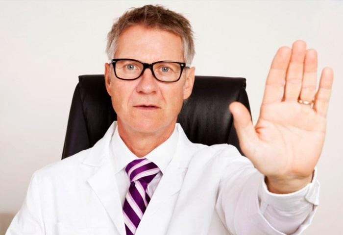Отказ врача от пациента