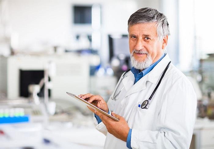 Право на занятие медицинской деятельностью